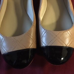 Ann Taylor Tan and Black flats